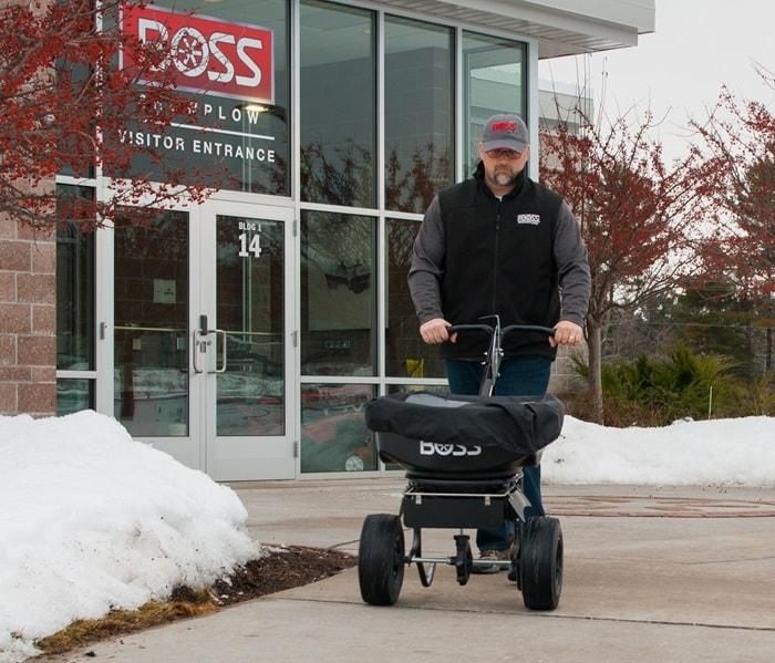 Nachlaufstreuer WB von BOSS - Walk Behind Spreader